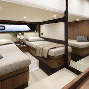 Atlantis-43-Guest-Cabin-Twin-beds